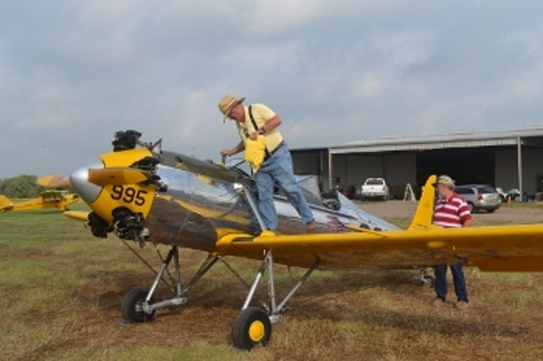 Steve Freeman checking his PT-22